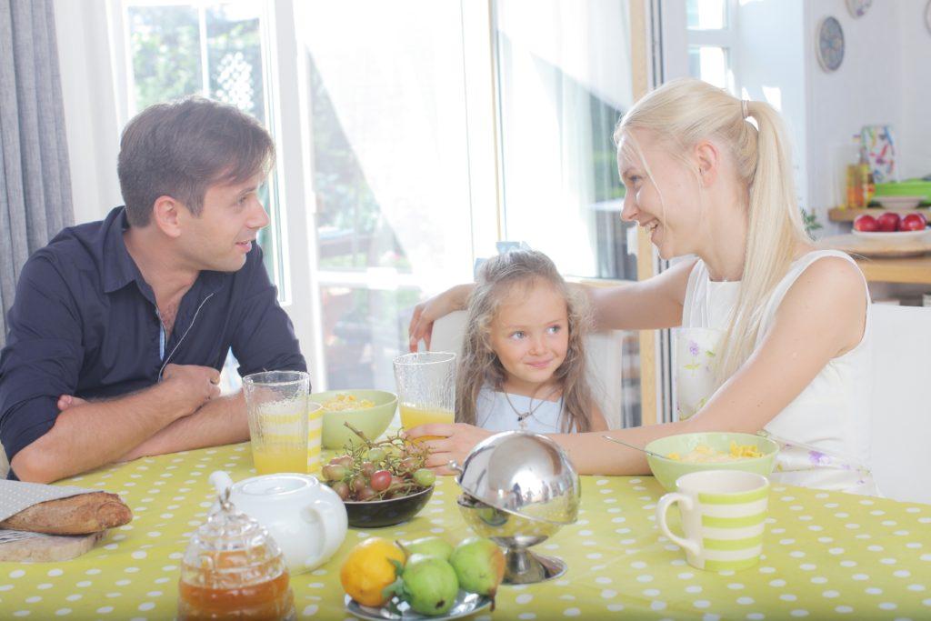 管理栄養士ママが教える3歳からの食育! ごはんの時間が楽しくなる、子どもとの時間の作り方。