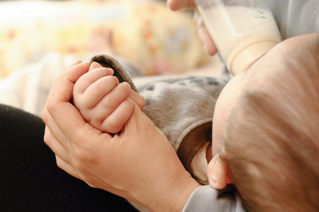 卒乳・断乳の時期はいつごろ? 先輩ママは生後何ヶ月で卒乳したかアンケート調査!