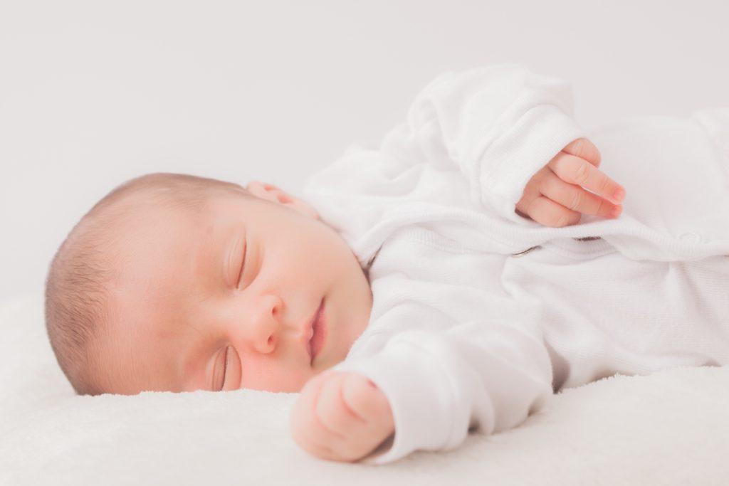 【出産エピソード】出産予定日を超過してもお産の兆候なし、こない陣痛に不安……。