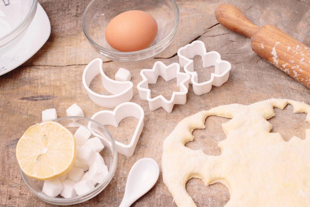 【管理栄養士ママのレシピ】バレンタインに! 子どもとつくるおからクッキー&ごぼうクッキー